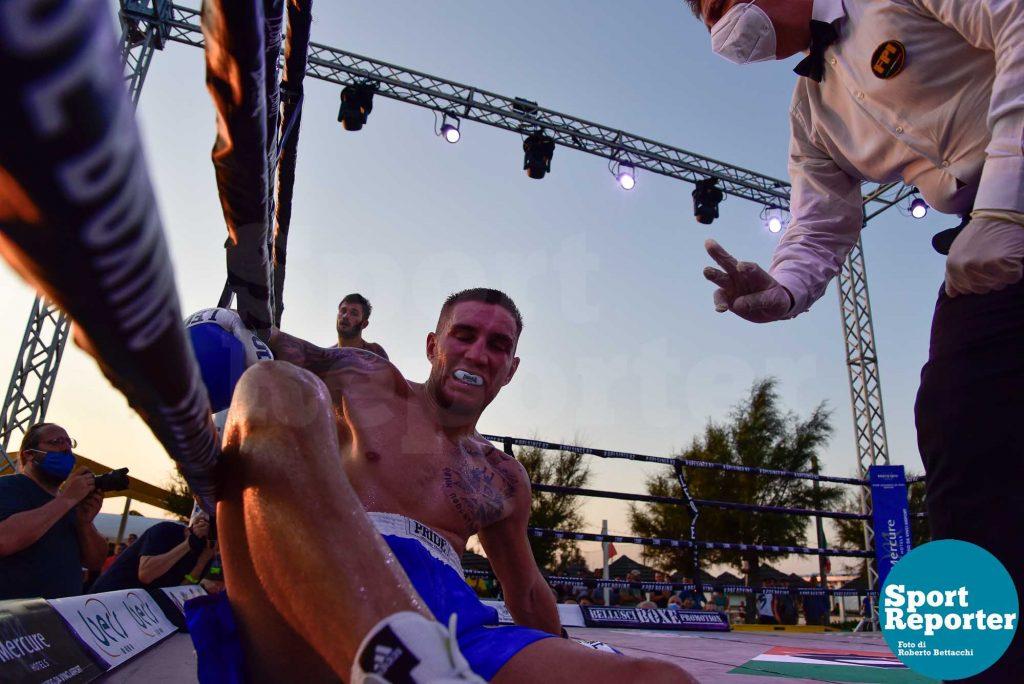 Giovanni Sarchioti vs. Jovan Stojilikovic (medi 6 riprese)